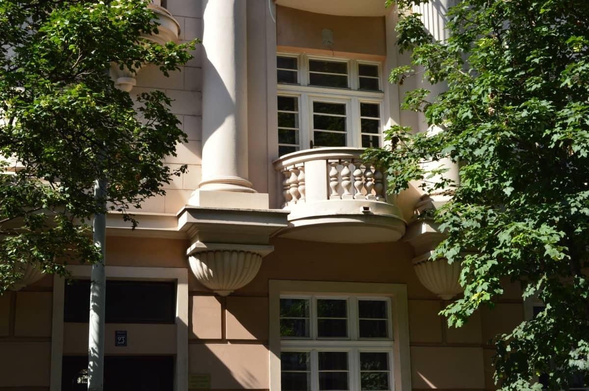 zgrada u kojoj je apartman