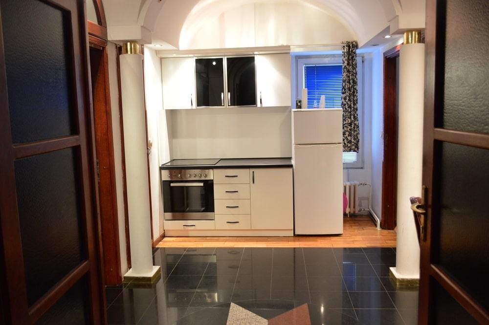 apartman dorcol kuhinja