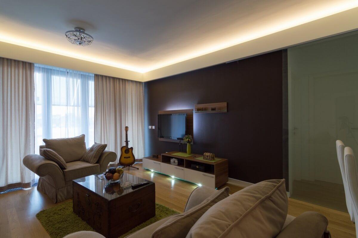 Apartman kod Bellvila i Simensa, dnevna soba sa svetlima