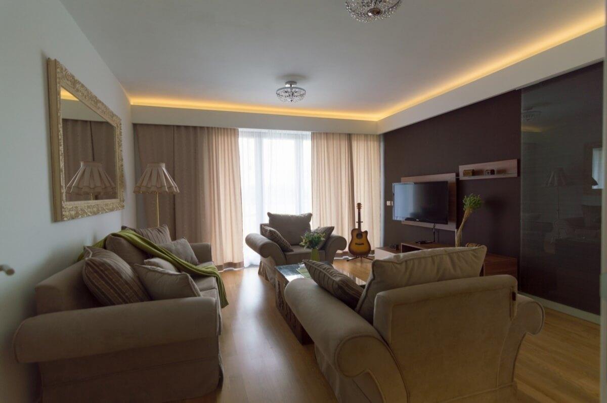 Apartman kod Bellvila i Simensa, dnevna soba